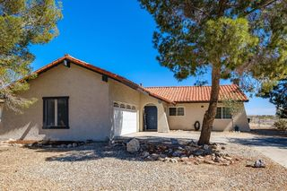 26702 Lakeview Dr, Helendale, CA 92342