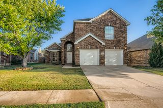 4221 Snapdragon Dr, Fort Worth, TX 76244