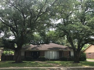 4907 Heatherglen Dr, Houston, TX 77096
