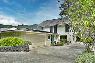 2923 Loomis St, Honolulu, HI 96822