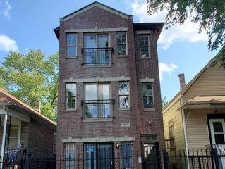 7947 S Escanaba Ave, Chicago, IL 60617