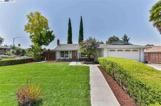 2420 Old Gate Ct, San Jose, CA 95132