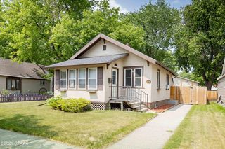 1420 7th Ave N, Grand Forks, ND 58203