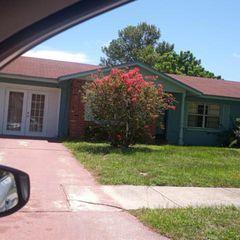 112 Bedford Dr, Fort Pierce, FL 34946