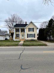 207 S Main St #3, Walworth, WI 53184