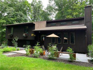 95 Spruce Ln, Clinton Corners, NY 12514