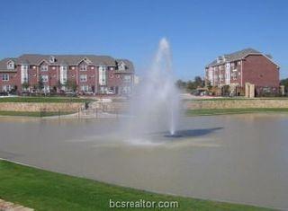 1198 Jones Butler Rd #206, College Station, TX 77840