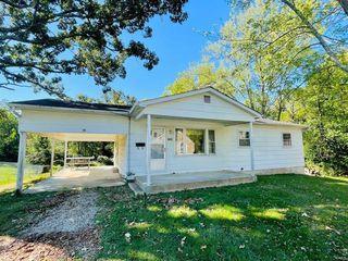 216 Oak St, Sullivan, MO 63080