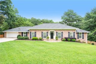 4719 Tall Pines Dr NW, Atlanta, GA 30327