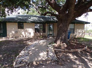 516 Drinkard St, Eden, TX 76837