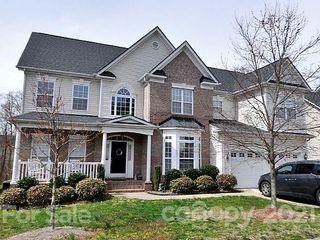 823 Larimer Ln, Charlotte, NC 28262
