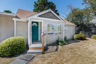 2511 NW Jetty Ave, Lincoln City, OR 97367