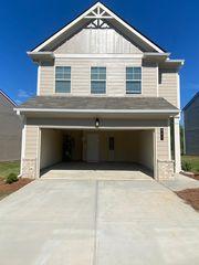208 Vickery Ln, Calhoun, GA 30701