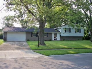 6712 Rushleigh Rd, Englewood, OH 45322