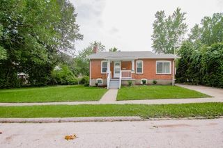 9706 Holtwood Rd, Saint Louis, MO 63114