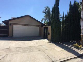 553 Sturgeon Dr, Costa Mesa, CA 92626