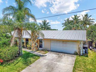 1902 Mimosa Ave, Fort Pierce, FL 34949