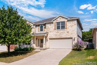 7826 Lacey Oak Cv, San Antonio, TX 78250