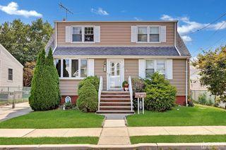 15 Olive St, Fords, NJ 08863