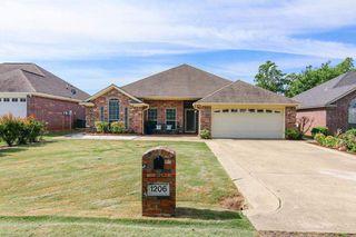 1206 Arnold Ln, Texarkana, TX 75503