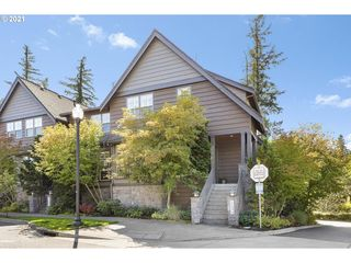 10494 SW Windwood Way, Portland, OR 97225