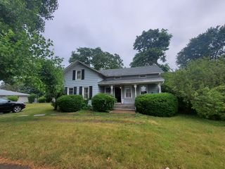 1360 Weiland Rd, Rochester, NY 14626