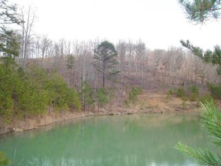 1 Rockhouse Branch Rd, Manchester, KY 40962
