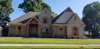 7964 Country Lake Dr, Bartlett, TN 38133