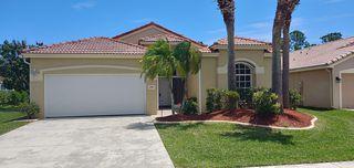 6980 SE Twin Oaks Cir, Stuart, FL 34997