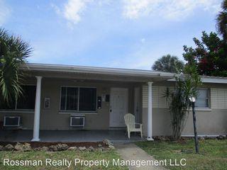 1316 Miramar St, Cape Coral, FL 33904