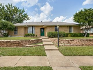 2207 Ridgewood, Carrollton, TX 75006