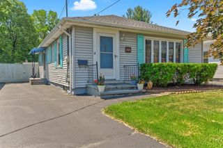 414 Garfield Ave, East Rochester, NY 14445