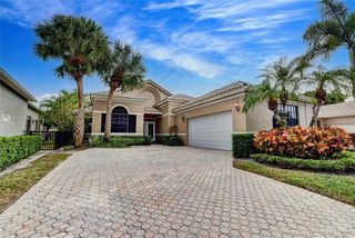 10166 Dover Carriage Ln, Lake Worth, FL 33449