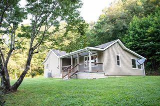228 Walden Ave, Oliver Springs, TN 37840
