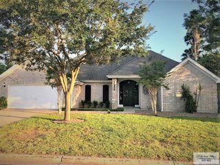 1233 Elm Ridge Ln, Brownsville, TX 78520