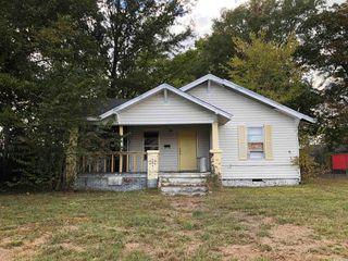 1108 S Oak St, Pine Bluff, AR 71601