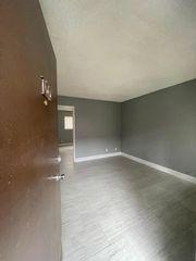 1103 Eye St, Bakersfield, CA 93304