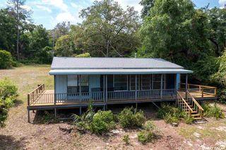 106 Twin Lakes Rd, Hawthorne, FL 32640