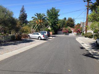 2011 Ashton Ave #B, Menlo Park, CA 94025