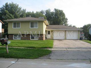 2519 Ellis View Ct NW, Cedar Rapids, IA 52405