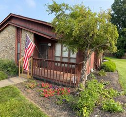 4763 Caprice Dr, Middletown, OH 45044