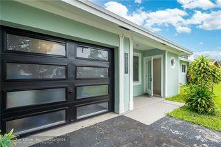 4531 W Oakland Park Blvd, Lauderdale Lakes, FL 33313