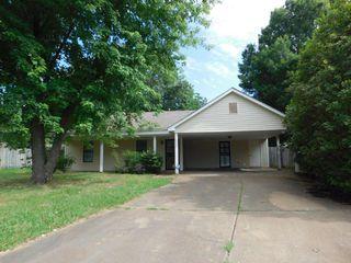 4483 Hollow Valley Cv, Memphis, TN 38141