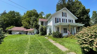 463 Front St, New Albany, PA 18833