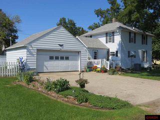 441 Pleasant St E, Amboy, MN 56010