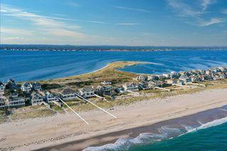 751 Dune Rd, Westhampton Beach, NY 11978