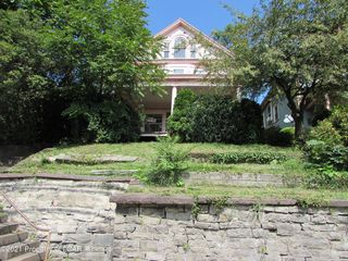 329 E Main St, Plymouth, PA 18651