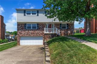 516 Blossom Dr, Pittsburgh, PA 15236