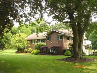 48134 State Route 14, New Waterford, OH 44445