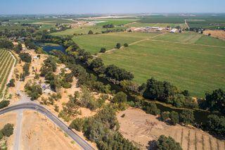 9525 Meadow Dr, Winton, CA 95388